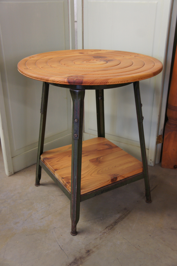 ET-51 Hand Turned Pine Spiral Top End Table ~ $545